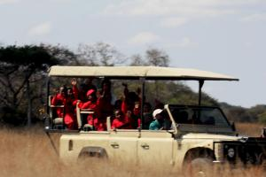 MJS Students on a game drive